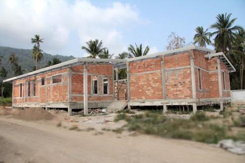 samui villa construction climat tropical brique rouge ou. Black Bedroom Furniture Sets. Home Design Ideas